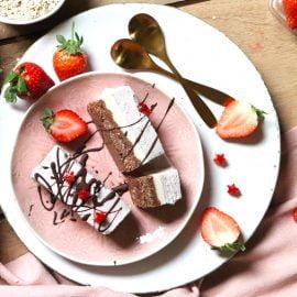 Raw Layered Strawberry Cheesecake