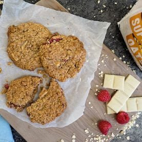 Raspberry and White Chocolate Oat Cookies