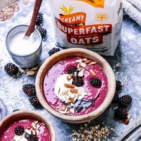 Blackberry & Acai Smoothie Bowl