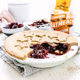 Cherry Pie with Oatmeal Crust
