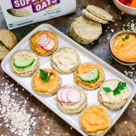 Poppy & Sesame Seed Oat Crackers